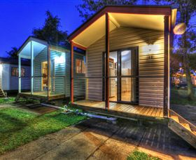 Wallace Motel and Caravan Park - Australia Accommodation