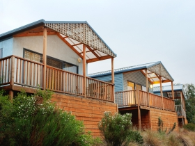 Discovery Holiday Parks Hobart Cosy Cabins - Australia Accommodation