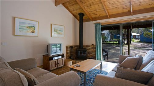 Surf Coast Cabins in Aireys Inlet - Australia Accommodation
