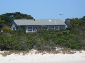Beachcomber - Australia Accommodation
