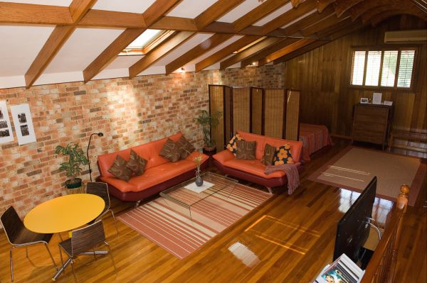 Bet's Bed and Breakfast Studio - Australia Accommodation