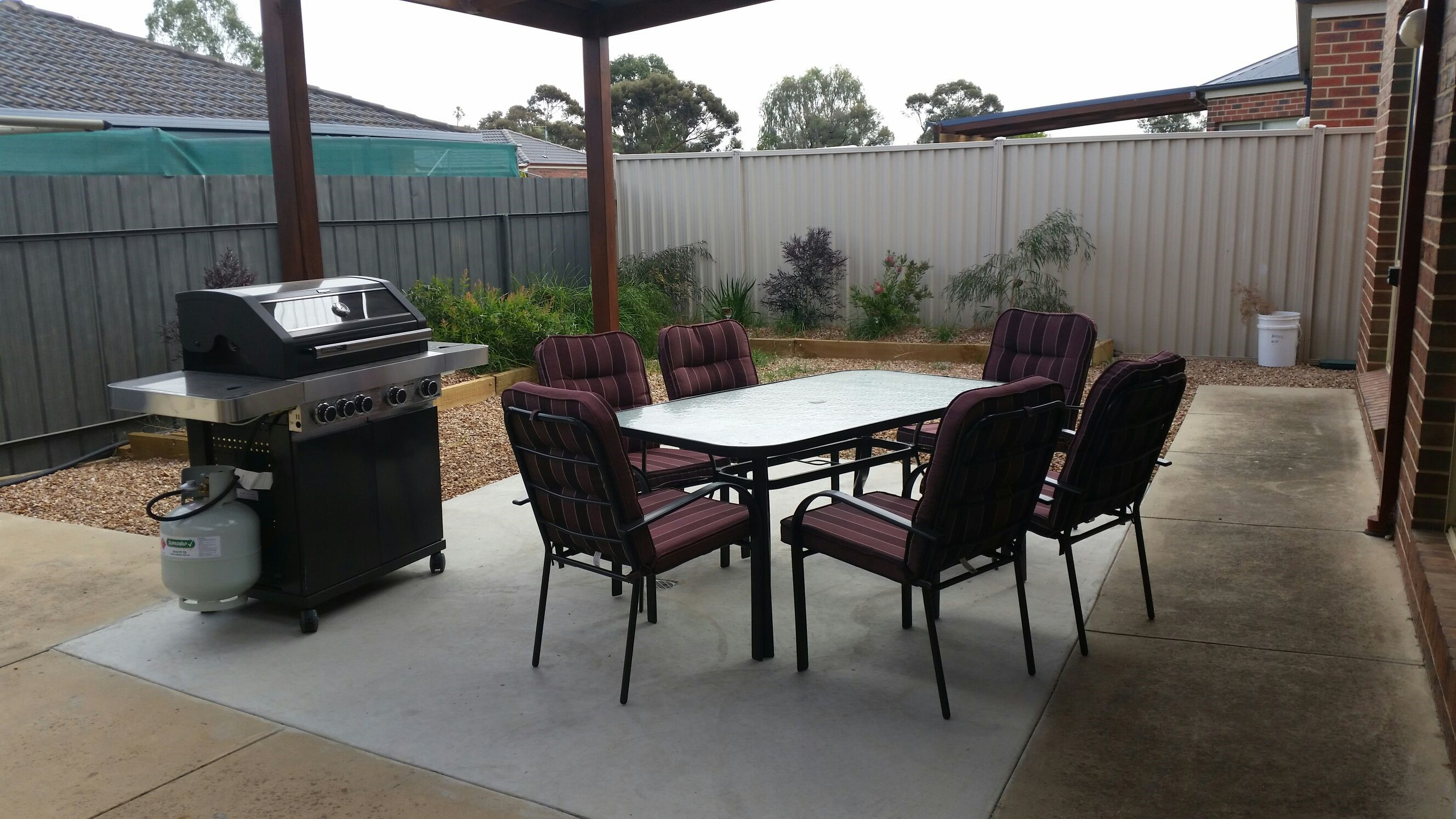 Numurkah Apartments - The Miekleljohn