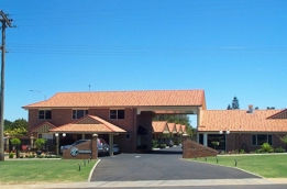 Cotswold Motor Inn - Australia Accommodation