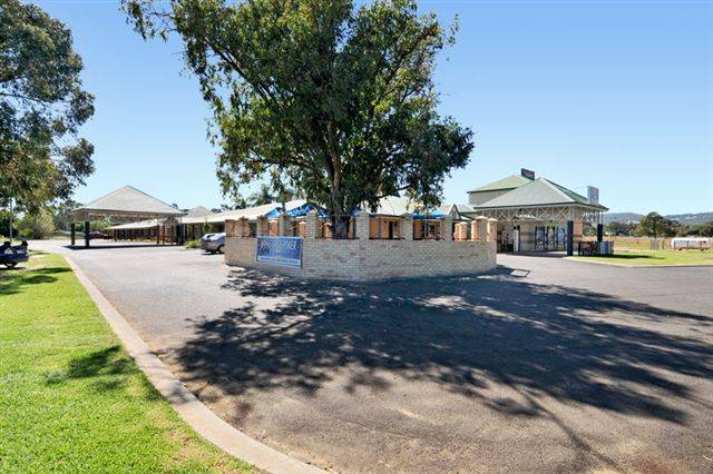 Drakesbrook Hotel - Australia Accommodation
