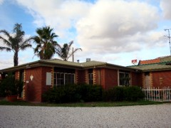 Foundry Palms Motel - Australia Accommodation