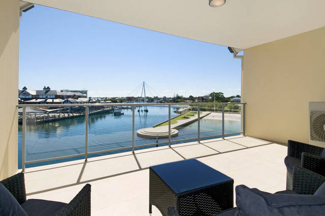 Quality Suites CREST Mandurah - Australia Accommodation
