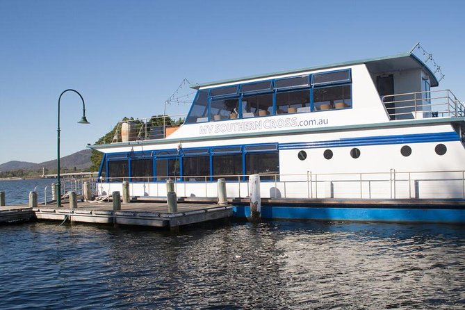 Sightseeing Cruises - Australia Accommodation