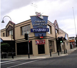Grand Junction Hotel - Australia Accommodation