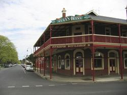 Ryans Hotel - Australia Accommodation