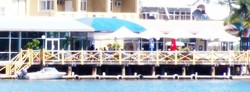 The Outrigger Bar - The Parade Hotel - Australia Accommodation