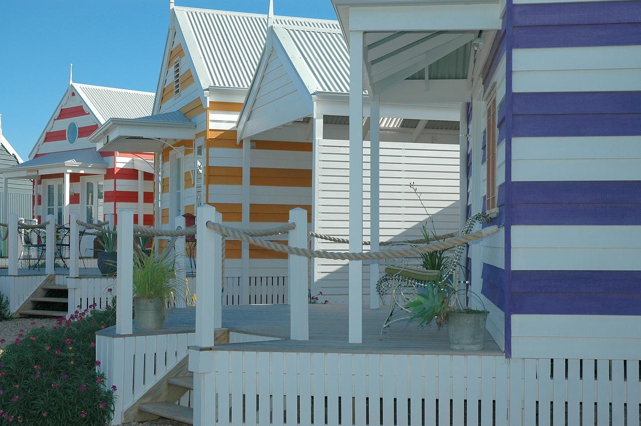 Beach Huts Middleton - Australia Accommodation