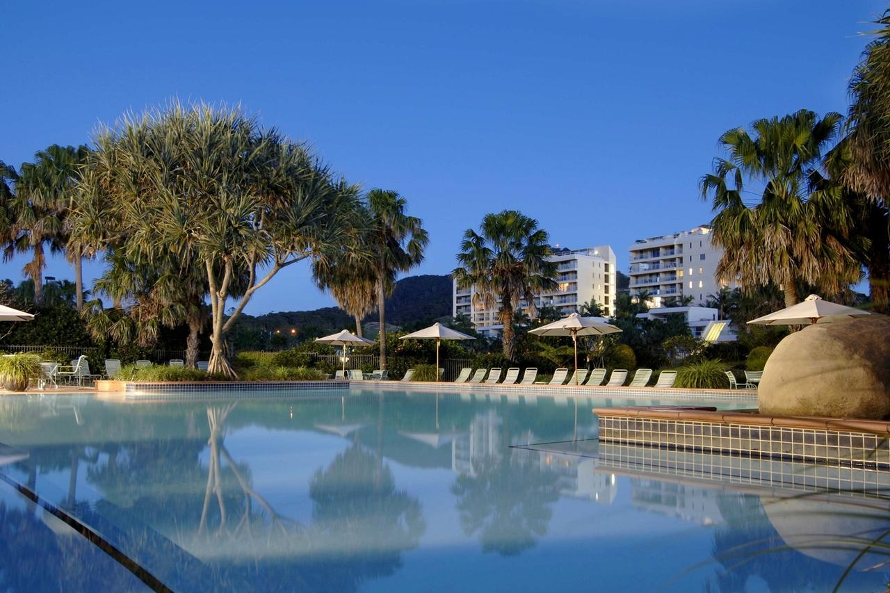 Pacific Bay Resort - Australia Accommodation