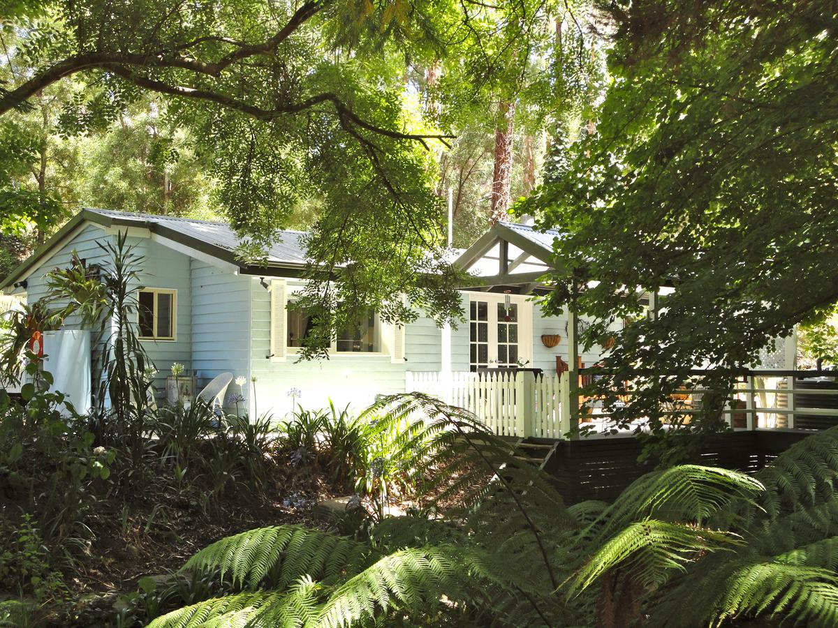 Aldgate Valley Bed and Breakfast - Australia Accommodation