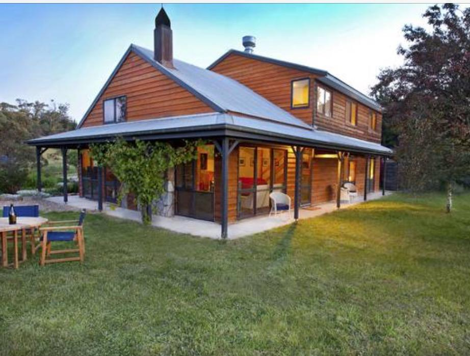 Eagles Range - Australia Accommodation