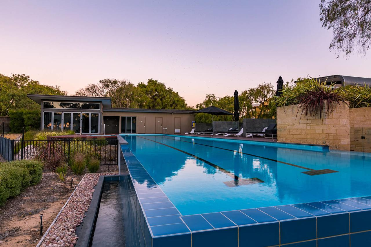 Aqua Resort Busselton - Australia Accommodation