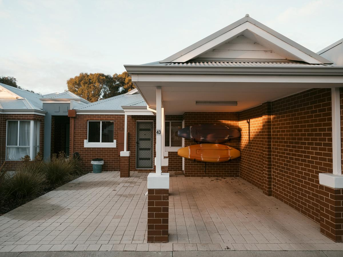 FortyThree - Oceanside Retreat Busselton - Australia Accommodation