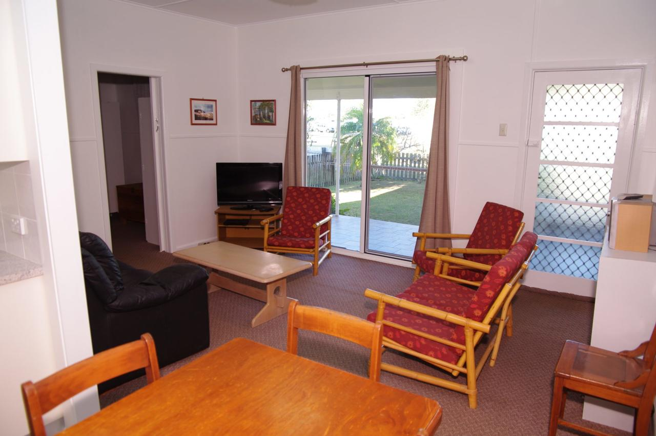 Fleur Cottage 7 Willow Street - Australia Accommodation