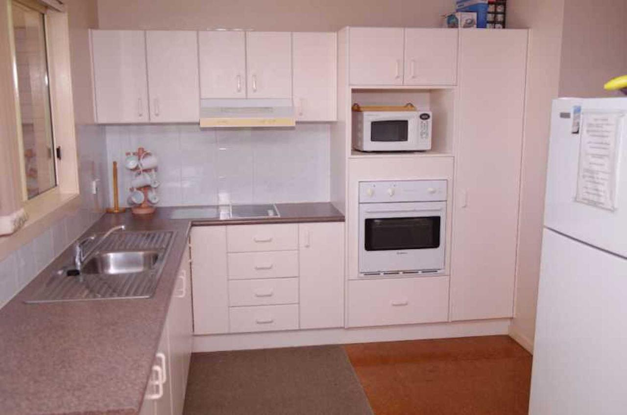 Bellhaven 2 17 Willow Street - Australia Accommodation