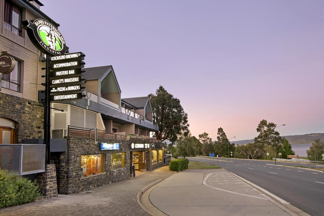 Banjo Paterson Inn - Australia Accommodation