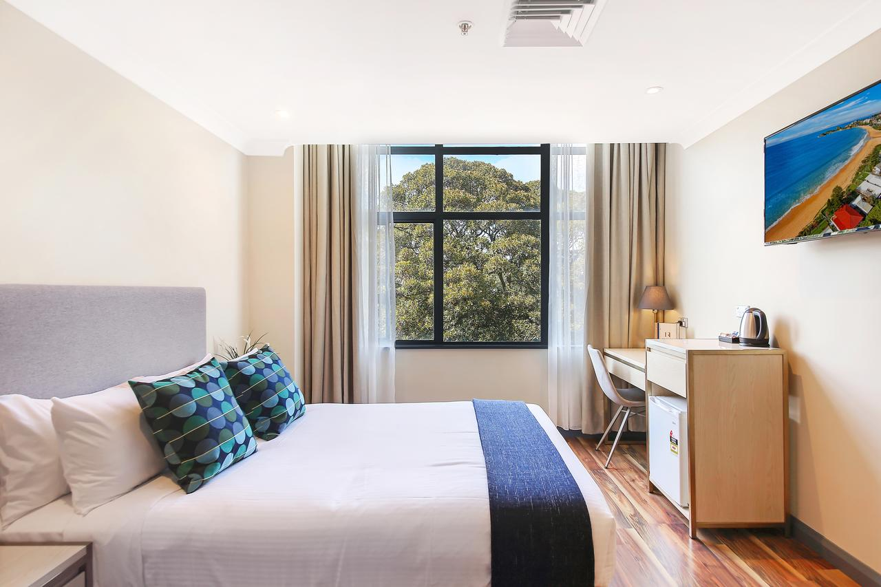Ryals Hotel - Broadway - Australia Accommodation