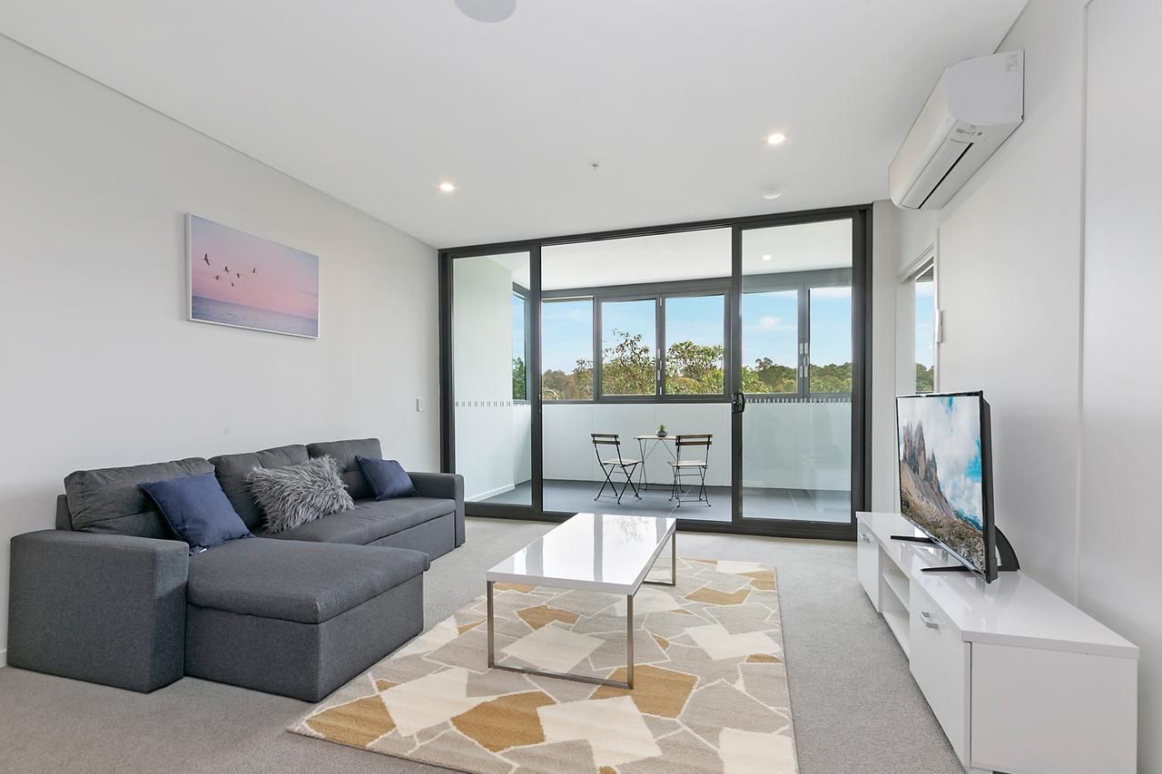 Stylish and Neat two bed apartment in Wentworth Point - Australia Accommodation