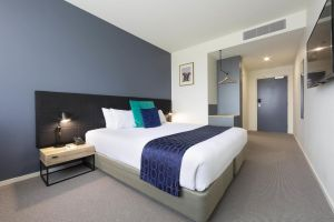 Mantra MacArthur Hotel - Australia Accommodation