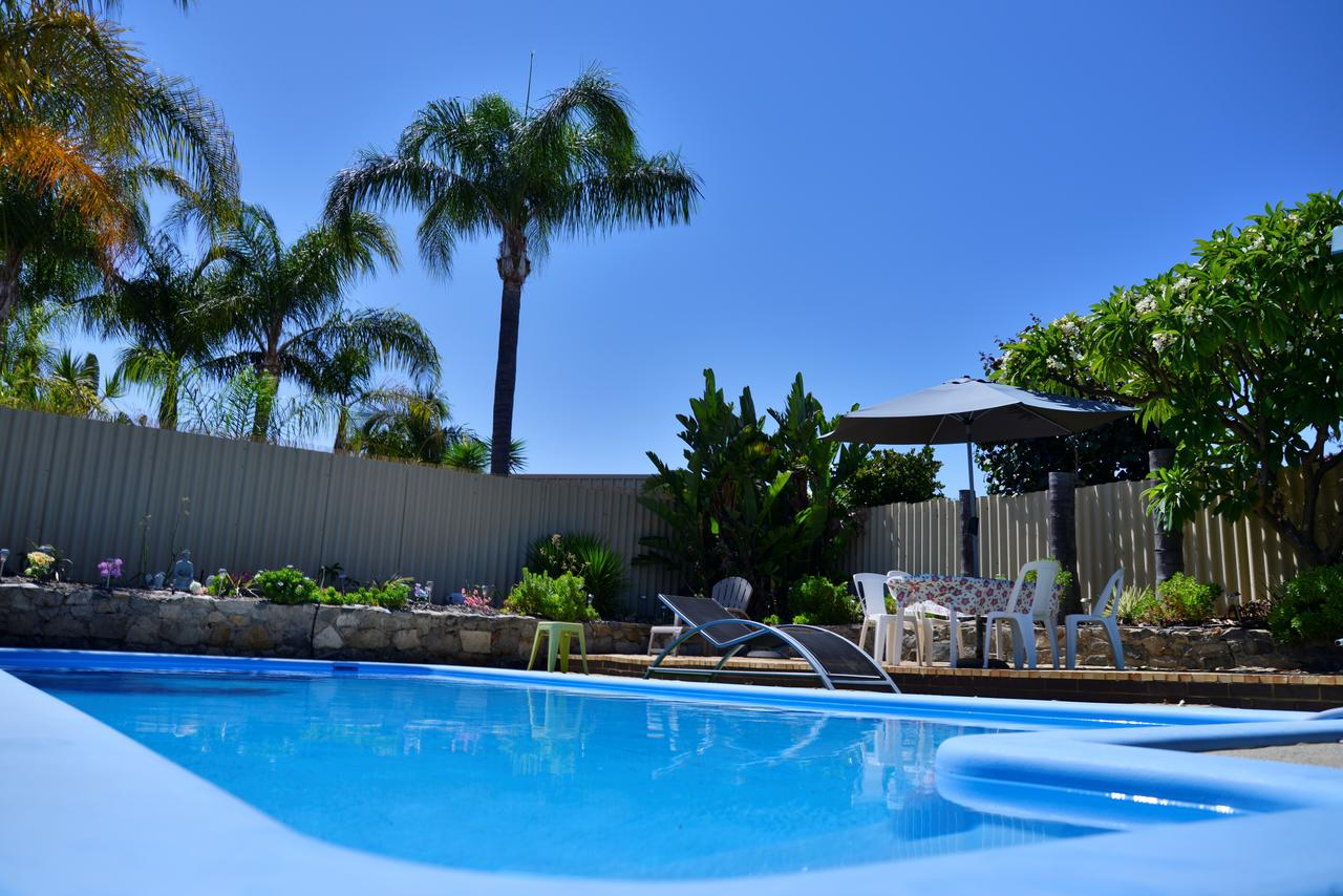 Palms Bed  Breakfast - Australia Accommodation