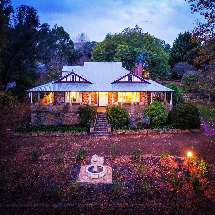 Historic Oakhill House Entire Estate - Australia Accommodation