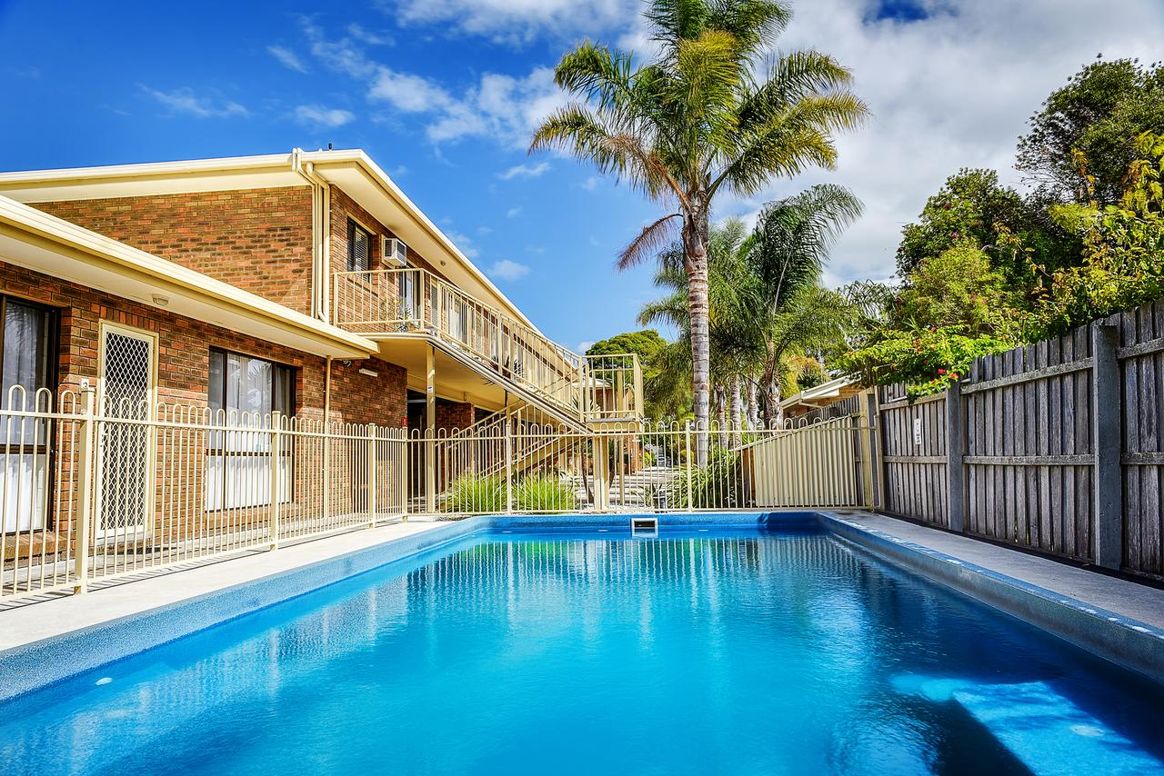 Allambi Holiday Apartments - Australia Accommodation