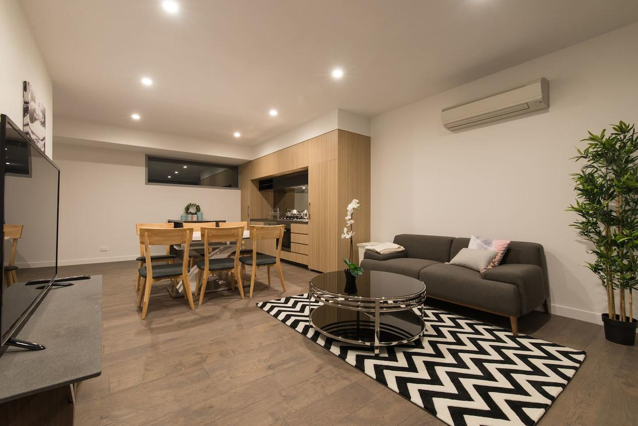 Doncaster Private Collection 2 Bed TownhousePearl - Australia Accommodation