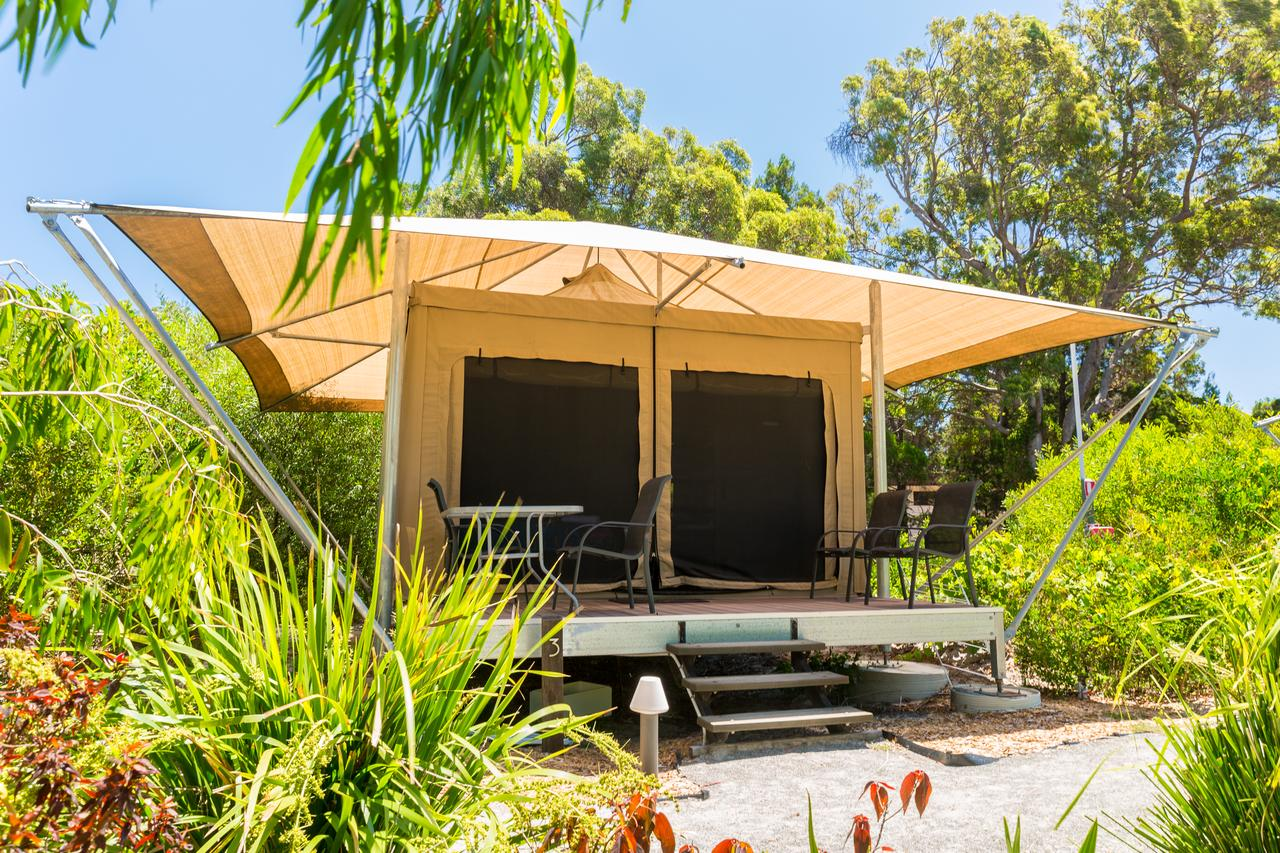 Castaways Moreton Island - Australia Accommodation