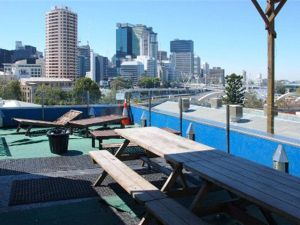 Cloud 9 Backpackers Resort - Australia Accommodation