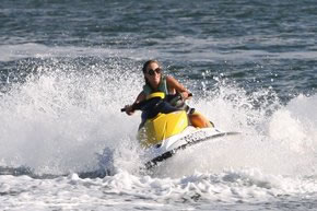 Extreme Jet ski Hire - Australia Accommodation